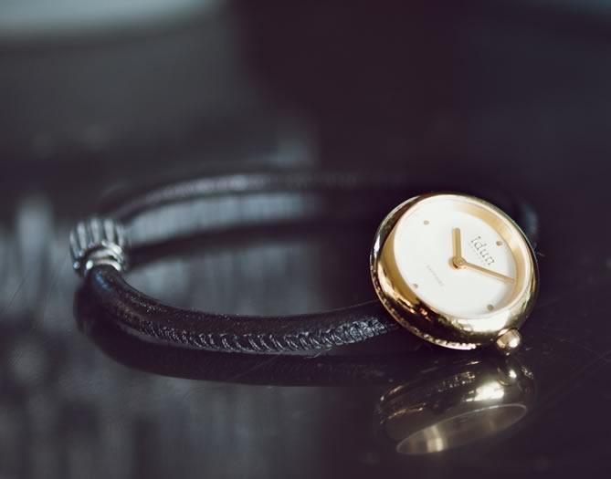 Idun Denmark Ricking Charm Watch on leather bracelet
